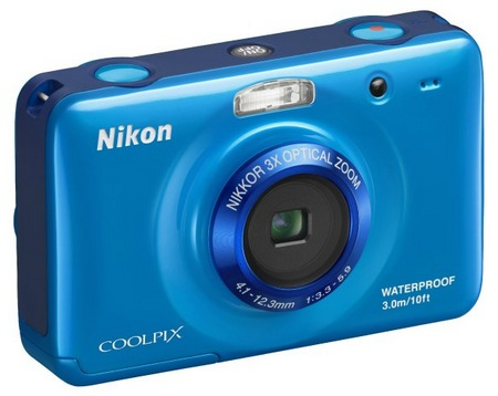 Nikon-CoolPix-S30-Rugged-Digital-Camera-blue.jpg